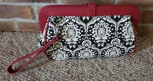 Petunia Pickle Bottom Cross Town Clutch Black White Diaper Changing Pad MSRP $69