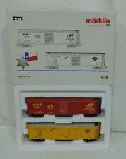 Marklin 4579 USA Speciaal TEXAS 2 Box Cars M-K-T + TEXAS & PACIFIC