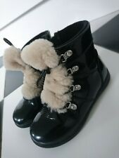 UGG girl ankle boots size UK 9 infant EUR 27 great condition