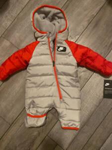Nike Baby Boys Hooded Puffer Snowsuit Grey & Red Size Newborn NWT Fleece Lining
