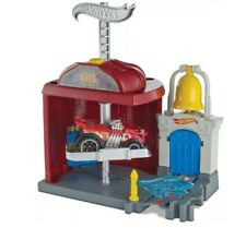 New Hot Wheels City Downtown Fire Station Spinout Play Set