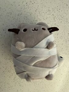 Pusheen With Toilet Roll Paper Plush 14cm Soft Toy Licensed Gund
