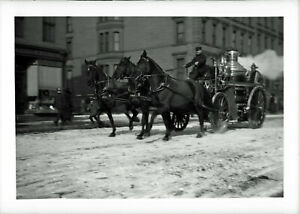 NEW YORK FIRE DEPARTMENT 190O  FIRE WAGON ON WAY TO FIRE LARGE  GLASS  NEGATIVE