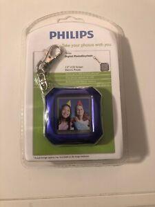 "Philips 1.5"" LCD Screen Digital PhotoKeychain in Glossy Purple"