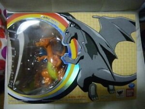D-Arts Pokemon Charizard/Lizardon Figure Bandai from Japan with box