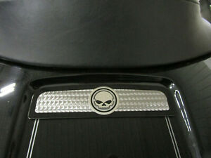 Harley Davidson Touring Electra Glide Willie G Skull Tour Pak Lid Insert