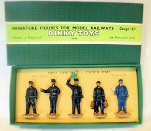AC1258:Boxed Dinky Figures Set No 1  Station Staff O Gauge Excellent to NM