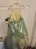 Disney Store Tiana Princess And The Frog Costume Child Size Med 7/8 Oval Cameo