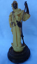 OLD MOLLY HANDPAINTED BEDOUIN ARAB W. RIFLE & GUNPOWDER POUCH STATUE MADE IN USA