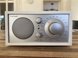 Tivoli Audio Radio Henry Kloss MODEL Weiß - sehr guter Zustand
