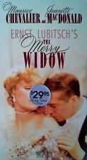THE MERRY WIDOW - MAURICE CHEVALIER, JEANETTE MACDONALD - VHS TAPE- STILL SEALED