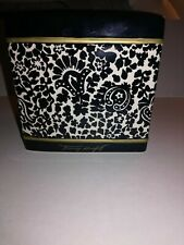Ceramic Tommy Hilfiger Signature Etched Tissue Box Holder 6x6x6 in