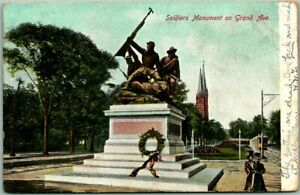 """1907 Milwaukee, Wisconsin Postcard """"Soldiers Monument on Grand Ave."""" Statue"""