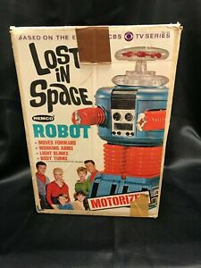 1966 Remco Lost In Space 12.5 Inch Plastc Robot Battery Op w/ Original box