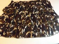 Lane Bryant Women's Mini Skirt Plus Size  22/24 Color Multi with gold Trim