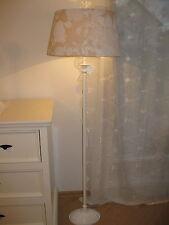 Schönste romantische Stehlampe Boden Shabby weiß beige Blumenmuster Metall