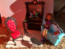 Monster High Clawdeen Wolf Coffin Bean playset with doll