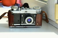 Rare LENINGRAD GOMZ RANGEFINDER Soviet Film Camera w/s lens Industar-22 AS IS