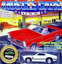 Johnny Lightning MUSCLE CARS USA FORD MUSTANG BOSS 302 WHITE 1/64 Scale Diecast