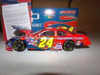 1/24 JEFF GORDON #24 DUPONT / PERFORMANCE ALLIANCE CLUB CAR 2005  ACTION NASCAR