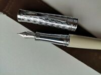 Cross Apogee Black Star Lacquer Fountain Pen Plated solid 18K 750 Gold XF Nib
