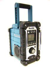 Makita Akku-Baustellenradio DMR107 7,2-18 Volt Radio Nachfolge von DMR102