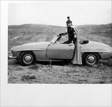 YUL BRYNNER POSTER PAGE . 1959 MERCEDES-BENZ 190SL ROADSTER CAR . SC54