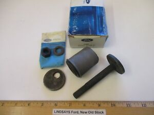 "FORD 1977/1980 GRANADA ""BUSHING & MOUNTING KIT"" (FRONT SUSPENSION LOWER ARM) NOS"