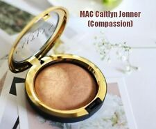 M·A·C Caitlyn Jenner Compassion Highlighter Bronzer Mineralize SkinFinish Powder