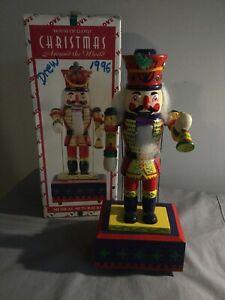 House of LLoyd 1996 Christmas Around The World Musical / Animated Nutcracker