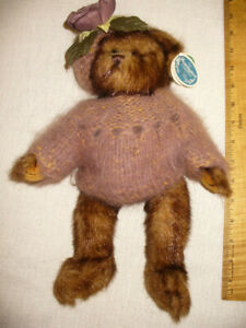 Bearington Collection Colette Bear Sweater Retired Handmade 1380 All tags