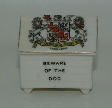 Arms of Alford Lincolnshire | Arcadian China Souvenir Crested Beware Dog House