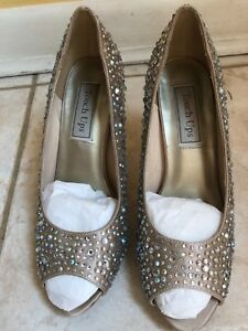 """Touch Up Woman's Rhinestone Gold Shoes size 7 4"""" heel Open toe"""