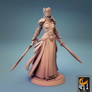 Female Knight Miniature D&D Pathfinder RPG
