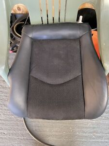 2010 Nissan 370z Passenger Seat Base Heated