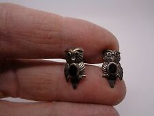 PRETTY VINTAGE SILVER OWL STUD EARRINGS WITH ONYX DETAIL