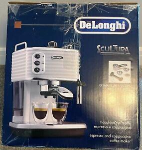 DeLonghi ECZ351 Scultura Traditional Espresso Coffee Machine - White