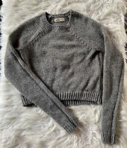 EUC 💜 HOLLISTER Womens Size Small Crop Gray Knit Sweater