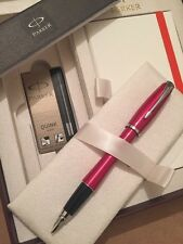 PARKER URBAN METALLIC PINK FOUNTAIN PEN & NOTE BOOK DELUXE GIFT SET-BLACK INK