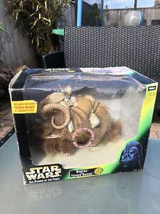 Star Wars Bantha and Tusken Raider Action Figure w/Gaderffii Stick Kenner 98