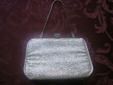 VINTAGE SILVER LAME EVENING CLUTCH BAG/OPT CHAIN HANDLE & SILVER MEDALLION CLASP