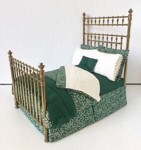 ARTISAN VAL TRETTER BRASS BED DRESSED D'ANNE RUFF DOLLS HOUSE DOLLHOUSE BEDROOM
