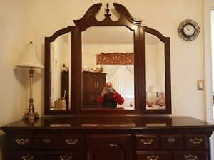 7 Piece Thomasville Solid Cherry Wood Bedroom Set Made In USA