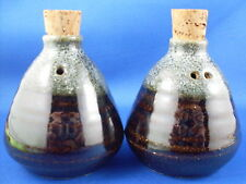(NU) DOROTHY MAYNARD DRIP GLAZE Pottery Shaker Duo Collectable Kitchen - In Aust