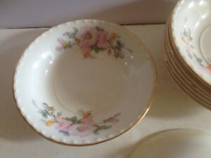 VINTAGE SET OF 8 DESERT FRUIT BOWLS CROOKSVILLE CHINA MADE IN THE USA