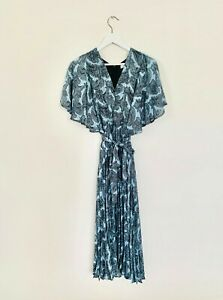 NEW Mango MNG Paisley Flowy Dress with Pleated Skirt Size S