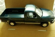 AMT/Ertl 6195EO 1995 Dodge Ram 2500 Pickup,Emerald Green/Silver 1/25 Promo NEW