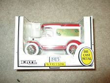 ERTL 1913 Model T Bank Happy Holidays Christmas 1989 1:25 Scale MIB