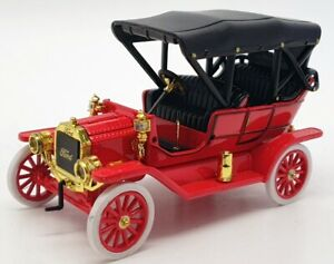 Unbranded 12cm Long Model Car UB0102IR5 - Ford Model T - Red