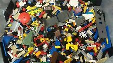 Legos lot 5 pounds misc Legos bricks parts pcs +5 figs and accessories clean